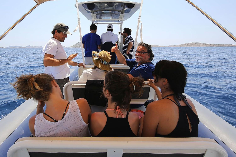 Archipelago Tours Kornati private tour - Kornati Experience Private Boat Tour photo of tourists on the boat