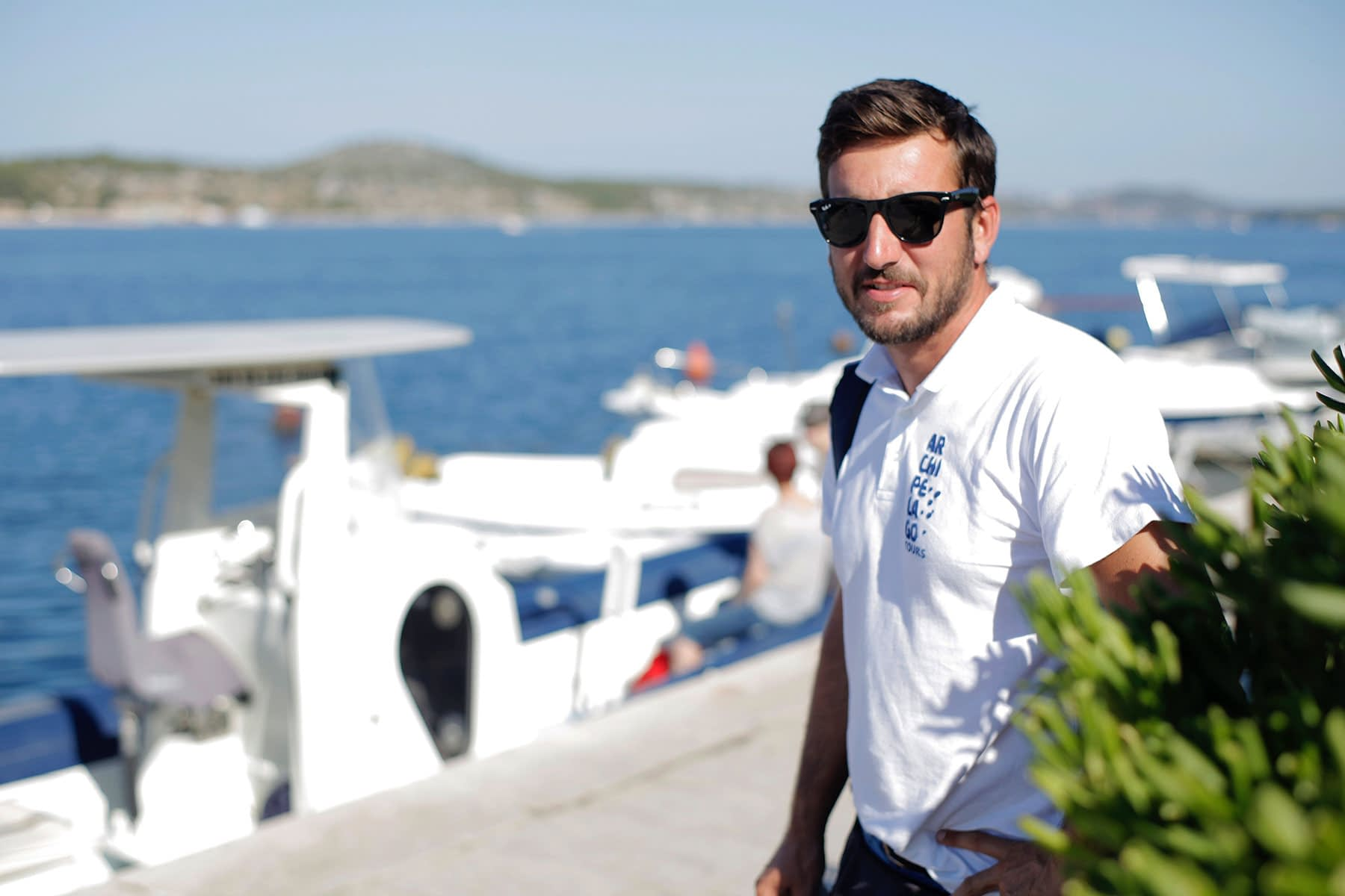 Work with Archipelago Tours as boat tour guides