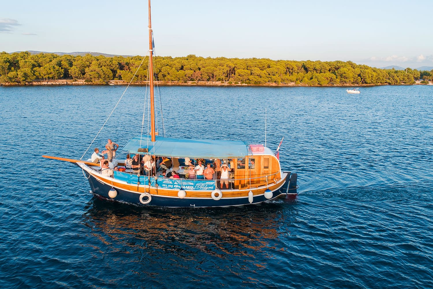 Archipelago Tours Large Groups Big Boat Tour - Custom Made - Photo of the boat taken from the air